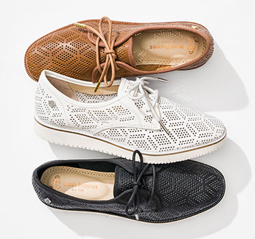 Strict Ladies Clarks Shoes Size 5.5 Harmonious Colors Clothing, Shoes & Accessories