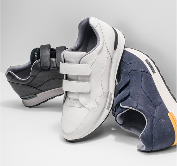 Mixed color athleisure shoes.