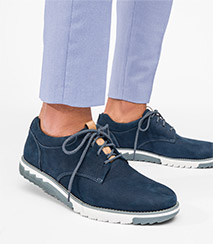 Blue Hush Puppies men's expert shoes.