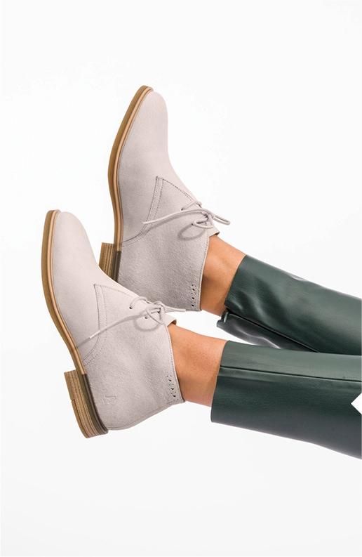 Women's beige Bailey Chukka Boots